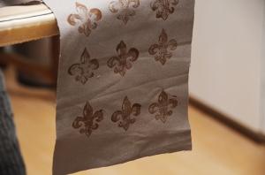 fleur de lis fabric 2
